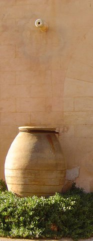 Large clay pot in Mallorca
